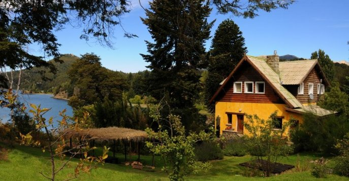 Отель Los Juncos Patagonian Lake House 3*