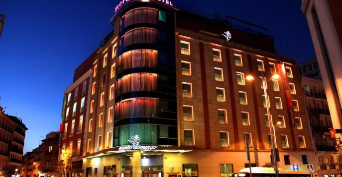 Отель Hotel Mercure Madrid Santo Domingo 4*