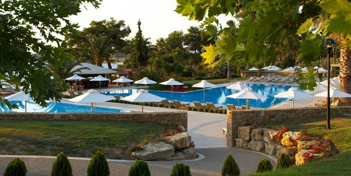 Отель Sani Beach Club 5*