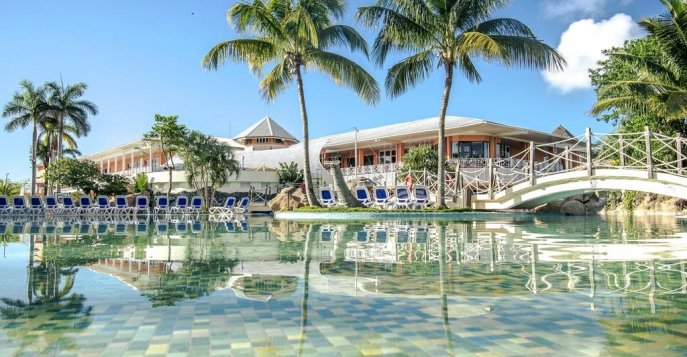 Отель Sandals Royal Hicacos 5*
