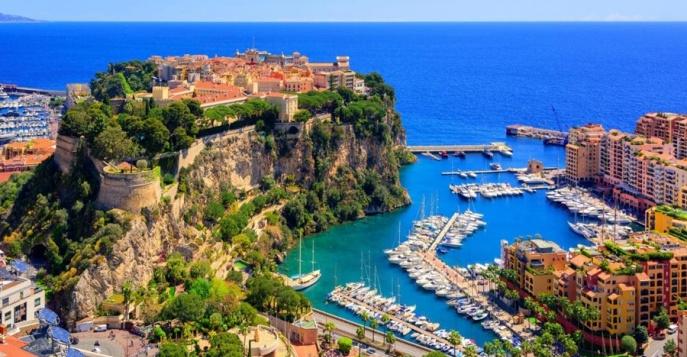 Красивый вид в Монако с высоты