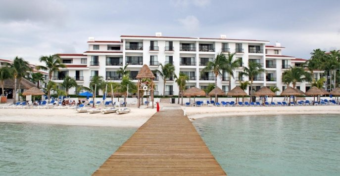 Отель The Royal Cancun 5*