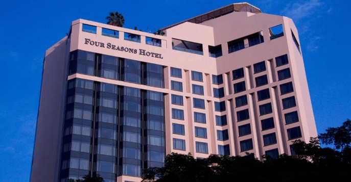 Отель Four Seasons Hotel Singapore 5*
