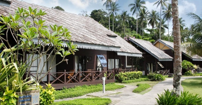 Отель Mayang Sari Beach Resort 3*