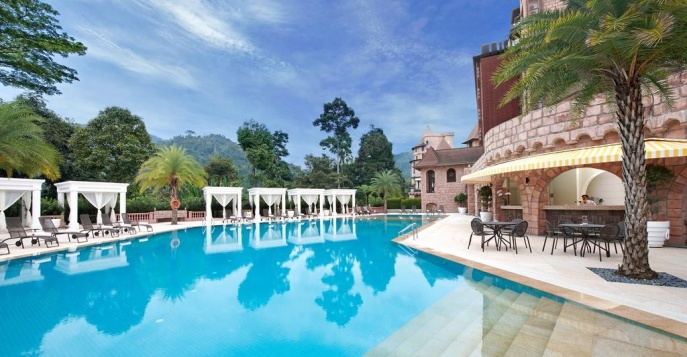 Отель The Chateau Spa & Organic Wellness Resort 5*