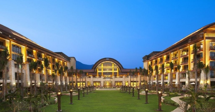 Отель The St. Regis Sanya Yalong Bay Resort 5*