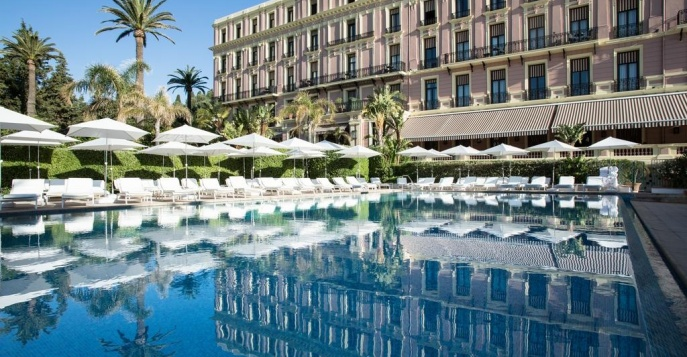Отель Royal Riviera 5*L
