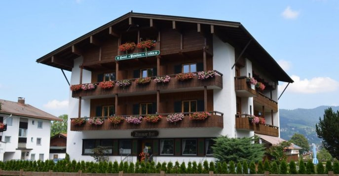 Отель Pension Ostler am Tegernsee 3*