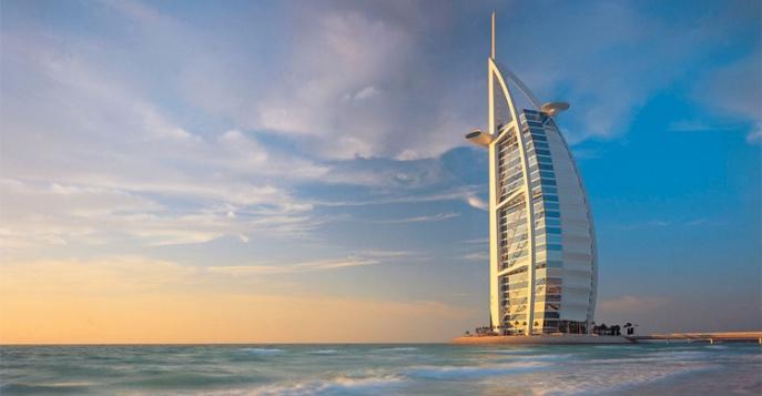 Роскошный современный пятизвздочный отель в ОАЭ