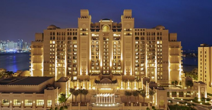 Отель Fairmont The Palm 5*