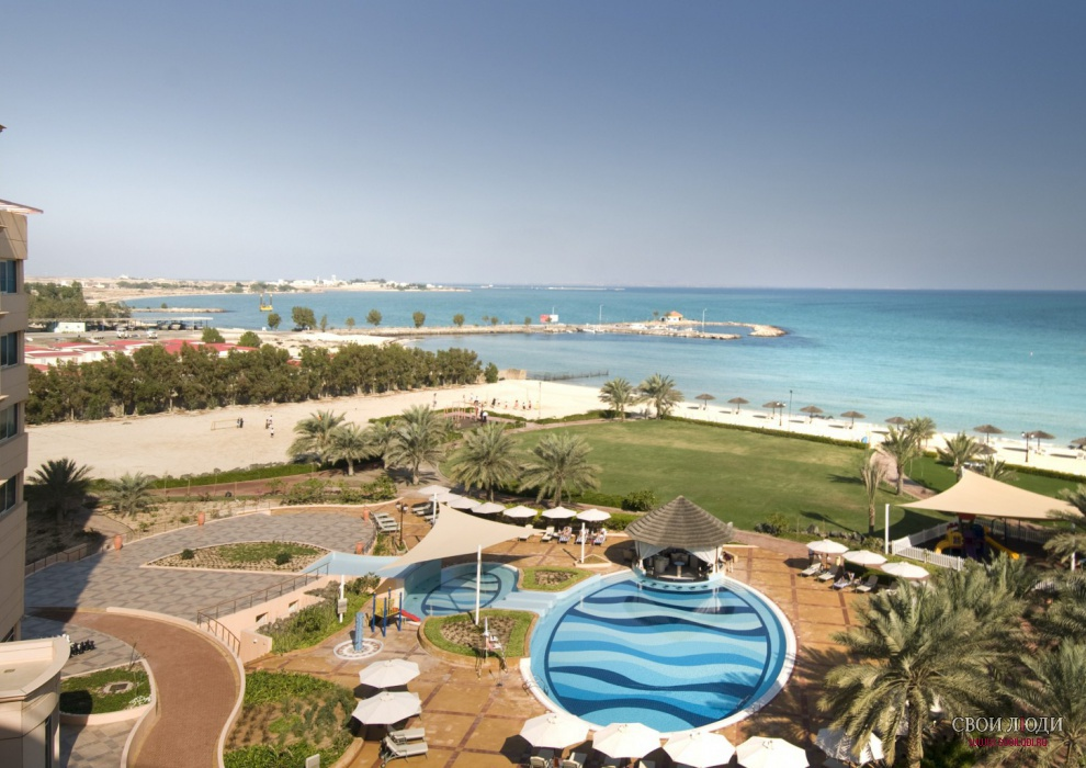 Отель Danat Jebel Dhanna Resort 5*
