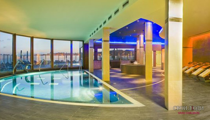 Отель Arenas del Mar Beach & Spa 4*