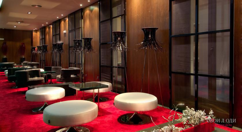 Отель Vincci Soho Madrid 4*
