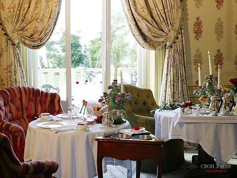 hotel chateau mirambeau:
