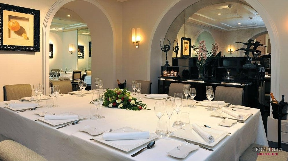 Отель Jumeirah Grand Hotel Via Veneto 5*