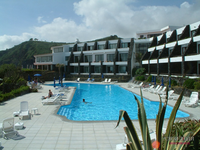 Caloura Resort