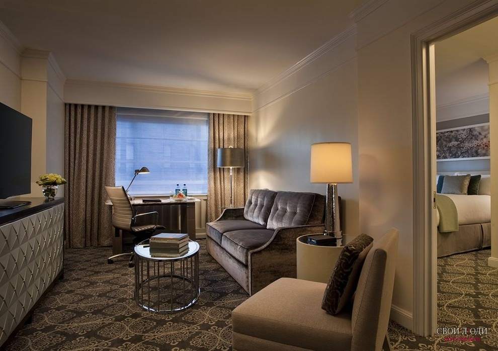 Отель Loews Regency Hotel 5*