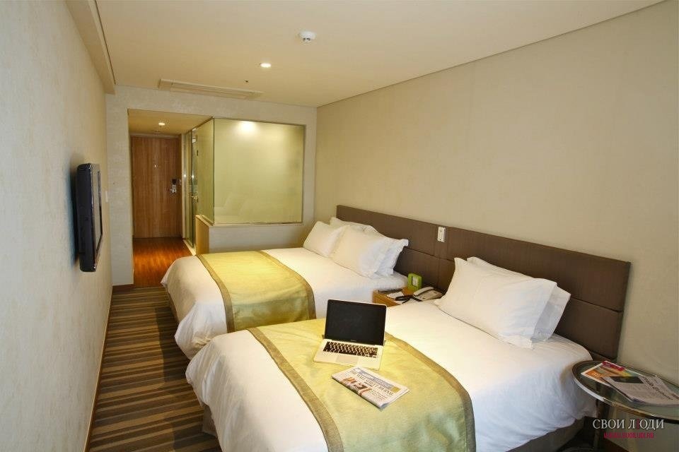 Отель Nine Tree Hotel Myeongdong 4*