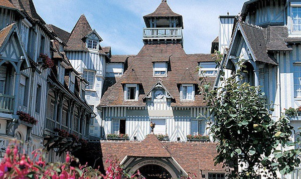Отель Normandy Deauville Barriere 4*