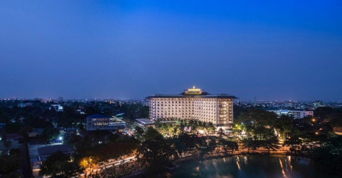 Отель Chatrium Hotel Royal Lake Yangon (ex. Nikko Royal Lake) 5*