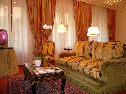 Номер отеля De Crillon Palace 5*, Франция
