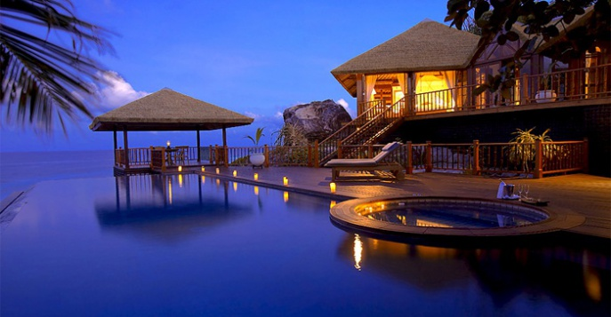 Отель Fregate Island Private 5*