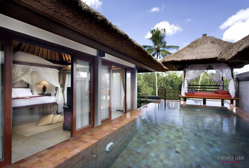 Отель Kamandalu Resort & Spa 5*