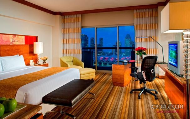 Отель Swissotel The Stamford 5*