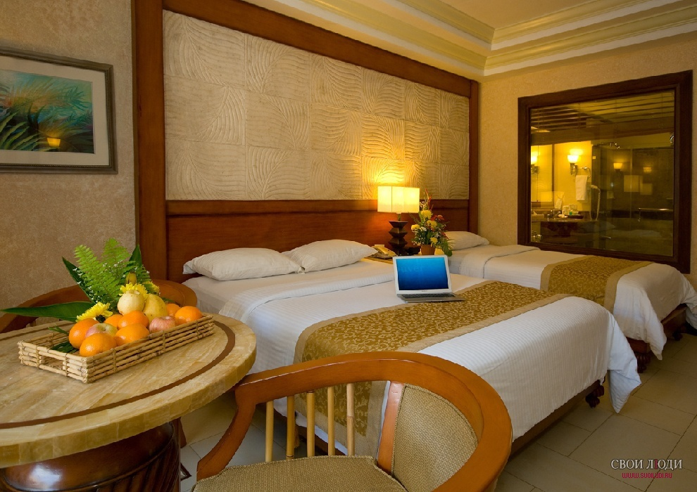 Отель Boracay Regency Beach Resort 4*