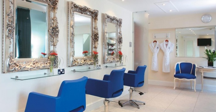 The Ritz Salon