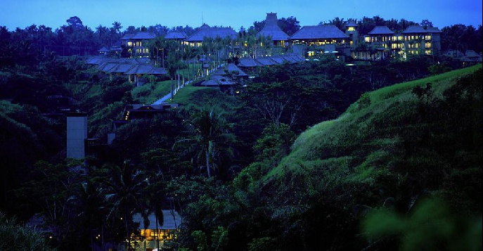 Отель Maya Ubud Resort & Spa 5*