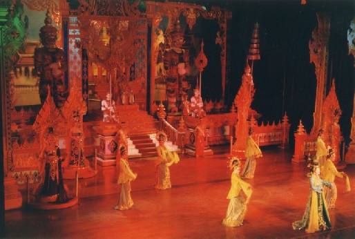 Шоу трансвеститов Альказар, Тайланд