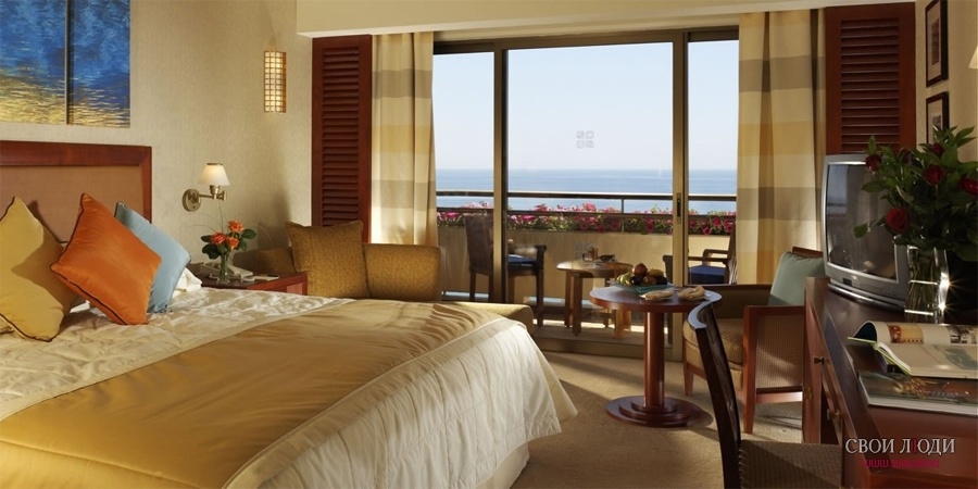 Отель Four Seasons 5*