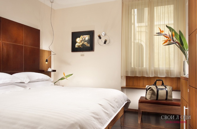 ����� Art By The Spanish Steps 4*