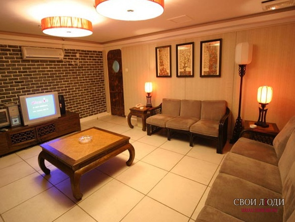 Отель Sanya Guest House International 4*