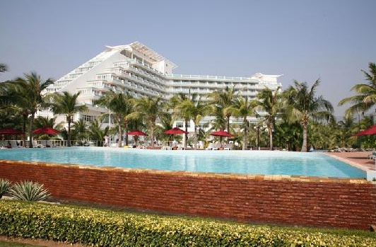 Отель Sanya South China Hotel 4*
