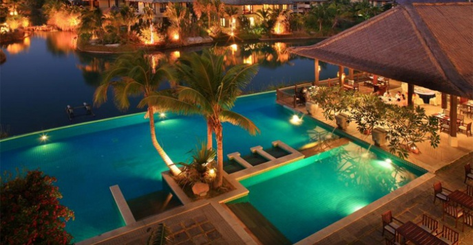 Отель Yalong Bay Villas & Spa 5*