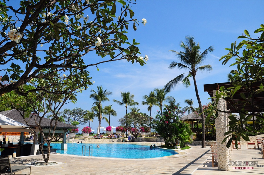 Отель Holiday Inn Resort Baruna Bali 5*