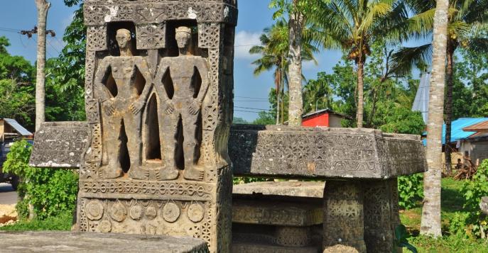 Мегалиты острова Сумба